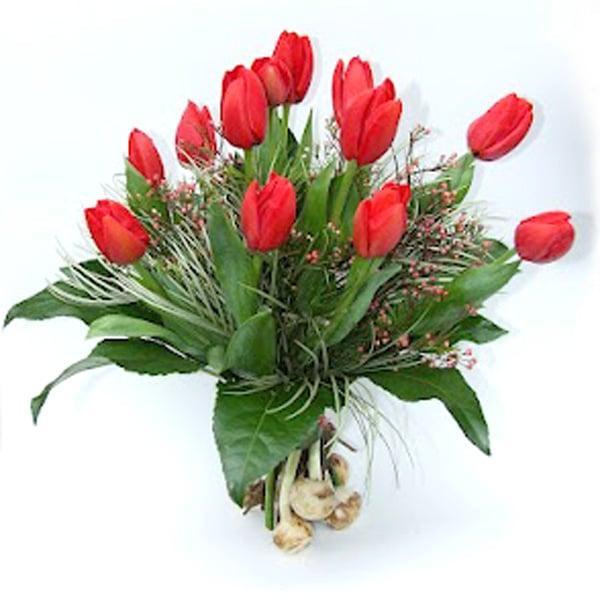 זר פרחים טוליפים