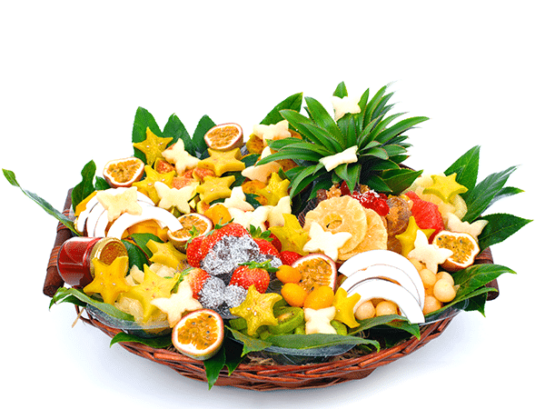 סלסלת פירות בשילוב תותים